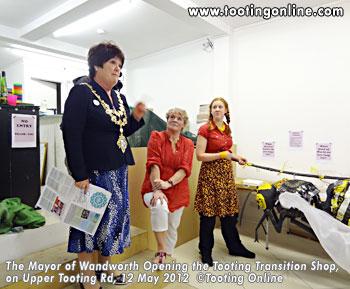 TT-Tooting Shop - Wandsworth Mayor - photo credit Tooting Online